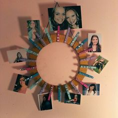 Going to make this for my daughter! Easy diy picture frame for college dorm rooms! Cute Crafts, Crafts To Do, Crafts For Kids, Arts And Crafts, Diy Crafts, Craft Projects, Projects To Try, Craft Club, Crafty Craft