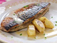 MIX fish and fruit for flavoursome roast mackerel. Serves 4.