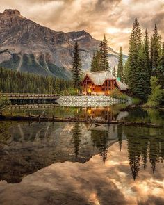 Golden light over Emerald Lake, Field, BC | Photo by the talented @rachel_jones_ross