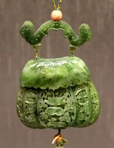 Open-work green jade perfume holder, Qing Dynasty. Museum of Suzhou, China