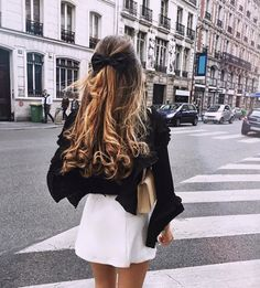 You might have heard the old expression about your hair being the crowning glory of your appearance. Either way, if you are looking for tips on how to style wavy hair, it is because yo… Wavy Hair, Her Hair, Hair Inspo, Hair Inspiration, Pretty Hairstyles, Crazy Hairstyles, Wedding Hairstyles, Updo Hairstyle, Hairstyle Ideas