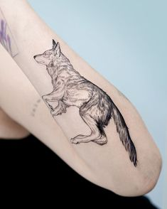 Dope Tattoos, Neon Tattoo, Dainty Tattoos, Line Art Tattoos, Tribal Sleeve Tattoos, Body Art Tattoos, Tatoos, Wolf Tattoo Design, Tattoo Designs