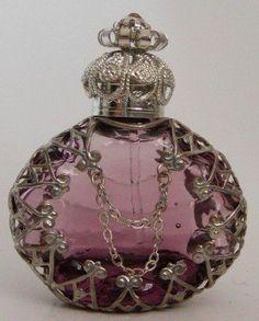 Afbeeldingsresultaat voor antieke parfumflesjes