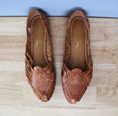 vintage WOVEN huaraches leather flats