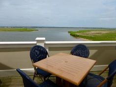 Beau Outdoor Dining On Long Island