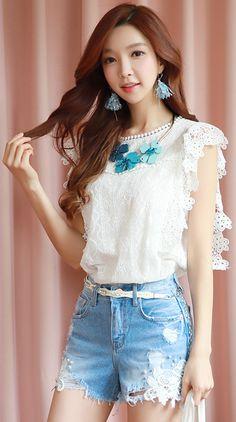 StyleOnme_Pearl Accent Embroidered Lace Denim Shorts #summerlook #denim #jean #shorts #koreanfashion #kstyle #kfashion #lace #feminine #seoul