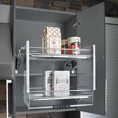Universal design 1 kitchens house and storage for Kraftmaid closet systems