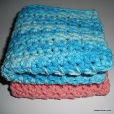 Face Cloth Spa Set Free Crochet Pattern - single crochet & half double crochet stitches - like this pattern better because it has a tighter weave - just made one, but will definitely make more!
