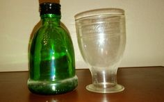 Vintage 1976 Wine World Green Bottles Grape Vine Etched Set of 12 W-1024 EMPTY
