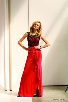 10 abiti rossi per invitata di nozze