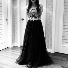 Strapless Black Prom Dress with Appliques Lace