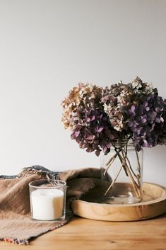 5 x Free Home Decor Ideas For Late Summer & Fall (Natural & Neutral) | Eat Your Daily Greens Hydrangea Bush, Hydrangea Flower, Late Summer, Autumn Summer, Dried Lavender Bunches, Lavender Decor, Brown Glass Bottles, Minimal Decor, Slow Living