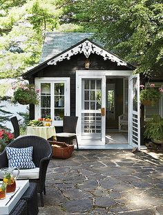cute, I would love to have a little cottage in my backyard :)