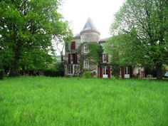 Property with mansion and its farm on 3 hectares of land.  €624,000/£491,369