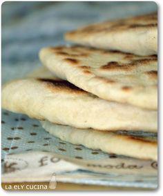 Nella cucina di Ely: Pane veloce al formaggio