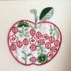 りんごちゃん #紙刺繍 #刺繍 #イラスト #paperembroidery #embroidery #illustration