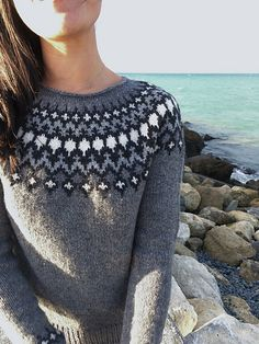 Worsted - Ravelry: Treysta pattern by Jennifer Steingass Jumper Knitting Pattern, Fair Isle Knitting Patterns, Pullover Design, Sweater Design, Fair Isle Pullover, Icelandic Sweaters, How To Purl Knit, Knit Picks, Raglan