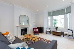 Designer 2 bedroom home in Hampstead, London. Fitting up to 6 guests.