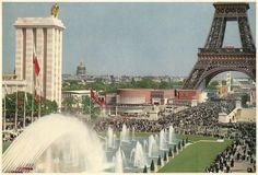 View from the deck of the Trocadero Exposition Internationale Paris 1937 Tour Eiffel, Paris Tour, Expo 2015, Art And Technology, World's Fair, European History, City Lights, World War Ii, Old Photos