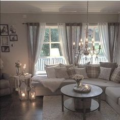 cozy living 33 trick for cozy farmhouse decor living room 31 Cozy Living Rooms, Home Living Room, Apartment Living, Living Room Designs, Living Room Decor, Curtain Ideas For Living Room, Cosy Living, Livingroom Curtain Ideas, Cozy Apartment
