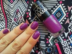 Nails Maybelline Colorama purple