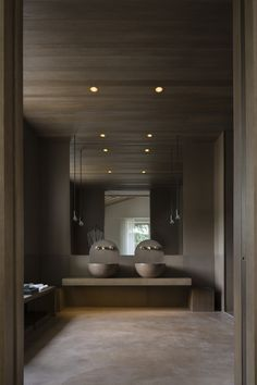 | BATHROOMS | plaster, wood, stone