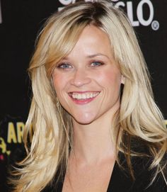 Reese-Witherspoon-relaxed-long-hairstyle