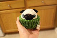 Pug Love ... knitting a pug in a sweater