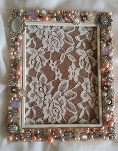Photo frame designed using beautiful Jewelry with Clear Rhinestones Photo Frame Design, Medium Art, Vintage Looks, Mixed Media Art, Jewels, Diy, Beautiful, Home Decor, Do It Yourself
