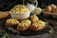 ...konyhán innen - kerten túl...: Lilahagymás tojáskrém Baked Potato, Muffin, Healthy Recipes, Healthy Food, Potatoes, Baking, Breakfast, Ethnic Recipes, Kitchen