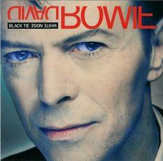 """David Bowie """" The wedding """" Album """" Black tie white noise """" Sortie avril 1993 Label ARISTA SAVAGE Dix-huitième album studio David Bowie Suffragette City, David Jones, David Bowie Album Covers, Black Tie White Noise, Lps, The Thin White Duke, Pochette Album, Brixton, Rock Music"""