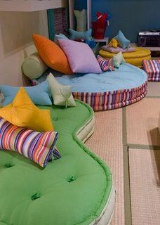 Ideas For Kids Furniture Ideas Floor Pillows – diy kid room decor Futons, Home Decor Furniture, Kids Furniture, Floor Seating, Trendy Home, Trendy Kids, Floor Cushions, Diy Pillows, Baby Decor