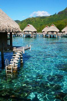Repin if you love Tahiti !