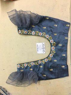 Kids Blouse Designs, Simple Blouse Designs, Stylish Blouse Design, Fancy Blouse Designs, Bridal Blouse Designs, Designs For Dresses, Blouse Neck Designs, Sari Design, Designer Blouse Patterns