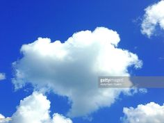 Stock Photo : Low Angle View Of Clouds In Sky