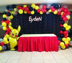 "𝕀𝕤𝕒𝕓𝕖𝕝𝕝𝕒 𝔼𝕧𝕖𝕟𝕥𝕤 𝕃𝕃ℂ on Instagram: ""Pikachu 🎈 #partyplanner #partydecoration #balloonsarch #balloondecoration #dmveventsplanner #partydecorations #ballooncolumns…"" Pokemon Party Decorations, Balloon Decorations, Birthday Party Decorations, Pokemon Themed Party, Pokemon Birthday, Boy Birthday Parties, 8th Birthday, Twin Boys Birthdays, Pokemon Balloons"