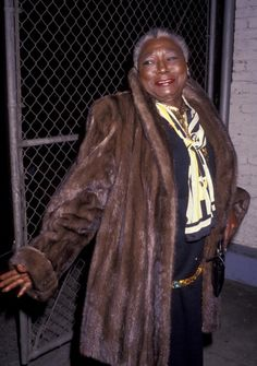 Actress Esther Rolle attends Black Achievement Awards on October 23 1991 at the Aquarius Theater in Hollywood California Black Actresses, Black Actors, Black Celebrities, Actors & Actresses, Good Times Tv Show, Black Sitcoms, Sanford And Son, Black Royalty, Vintage Black Glamour
