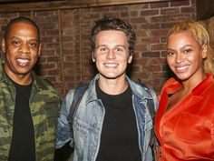 """Hamilton - Backstage - 10/15 - Jay Z, Jonathan Groff and Beyonce.  Beyonce: Did you play the King? Groffsauce: Yes. Beyonce: I'm stealing your walk. I love your walk. Groffsauce: *inarticulate sounds* Beyonce: When you turned away still facing the audience? *BEYONCE DEMONSTRATES FLAWLESSLY* Beyonce: You were your OWN turntable. Love it.And then, in Groffsauce's own words """"Then the ground swallowed me up and I died happy."""" Thus endeth the meeting of Beyonce & Groffsauce."""