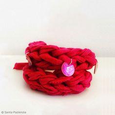 2. DIY: Etapas de creación de la pulsera Diy Crafts, Bracelets, Jewelry, Gifs, Mesh, Knit Bag, How To Knit, Fingers, Beautiful Things