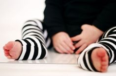 if we have a baby girl ever, you better believe I'm making a whole pile of these adorable baby leggings. :)