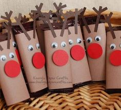 Preschool Crafts for Kids*: Christmas Reindeer Chocolate bars Craft Christmas Art, Christmas Projects, Holiday Crafts, Holiday Fun, Christmas Holidays, Christmas Cookies, Christmas Ideas, Reindeer Christmas, Christmas Jesus