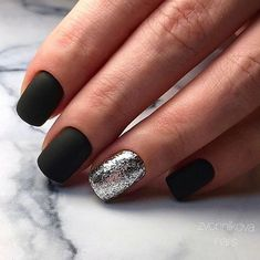 i love black tips 24 Cute Pink Nails, Cute Acrylic Nails, Cute Nail Art, Love Nails, Black Nails With Glitter, Matte Black Nails, Glitter Nails, Gel Nails, Semi Permanente