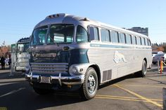 This bus may look familiar to you – it may have you probing your memory, like trying to remember the name of an old character actor who seems to be in every TV show or movie, but you just can't pla… Bus Motorhome, Bus Camper, Fern Grotto, Transportation Technology, Short Bus, Bus Terminal, Vintage Trucks, Vintage Auto, Wheels On The Bus