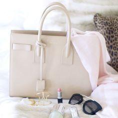 #мода #стиль #аксессуары #женскиесумки #бархатныесумки #сумочки #mypositivestyles #myps