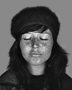 Des portraits ultraviolets portrait ultraviolet cara philips 01 photographie bonus art