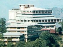 Himachal Pradesh University Invites Applications for MBA Program 2015 Applications are invited by Himachal Pradesh University (HPU), Shimla for admission to 2 years Master of Business Administration (MBA) program  for the session 2015.