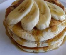 Recipe The best gluten free banana pancakes by Kristine, learn to make this recipe easily in your kitchen machine and discover other Thermomix recipes in Basics. Gluten Free Deserts, Gluten Free Banana, Foods With Gluten, Gluten Free Recipes, Banana Pancakes, Pancake Muffins, Other Recipes, Cooking Recipes, Breakfast