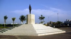 Handout in Word Document is a Web Quest in Spanish for the indigenous woman that was captured by the Spaniards during the conquest, served as an interpreter and later married a Spaniard. Her statue welcomes visitors to the historical walled city in Cartagena.