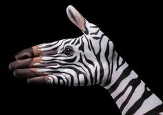 Stunning examples of Hyper-realistic Hand Art - Cool - HD Wallpapers , Picture ,Background ,Photos ,Image - Free HQ Wallpaper - HD Wallpaper PC