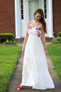 for the love of glitter, embroidered maxi dress, maxi dress, beach look